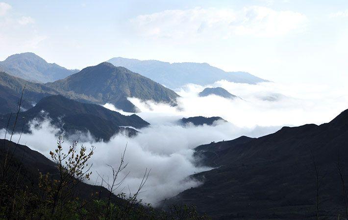 Khung cảnh nhìn từ sân mây Sapa